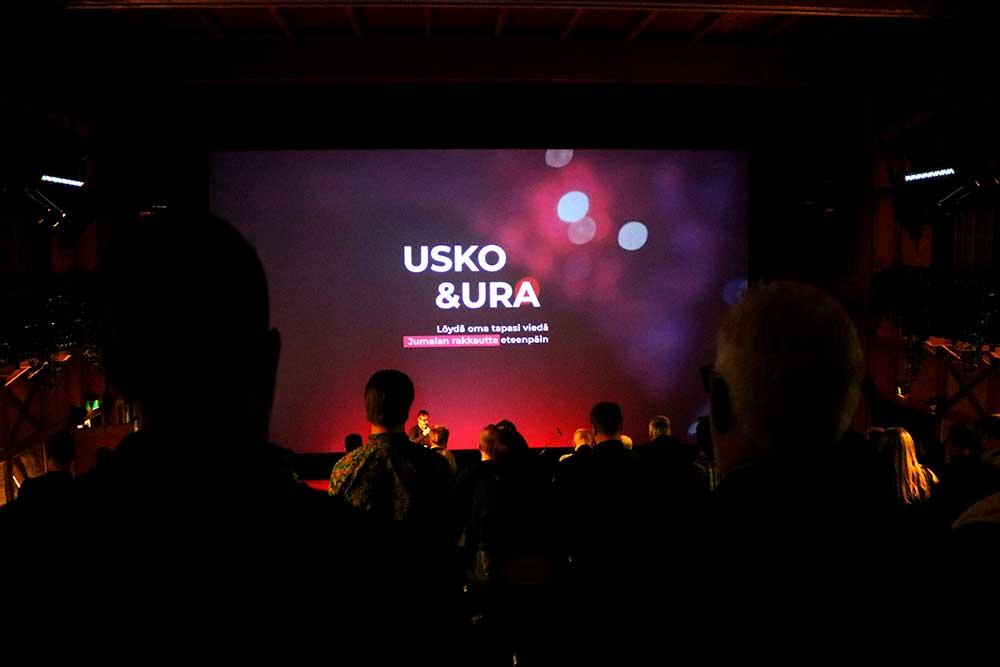Bisnestiimin seminaari Usko & ura 2020